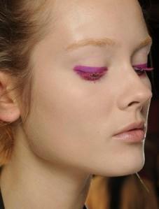 eye-makeup-trends-spring-2013-donna-karan-becomegorgeous